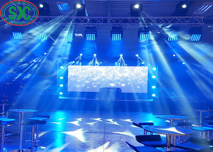 40000 dots / sqm hanging led display P5 die cast aluminum cabinet 640x640mm